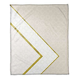 Inverse Pattern Throw Blanket in White/Cream