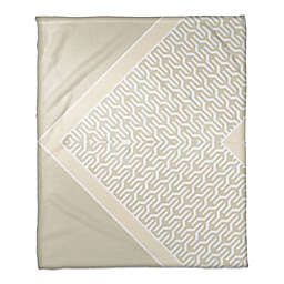 Trendy Pattern Throw Blanket in Beige/White