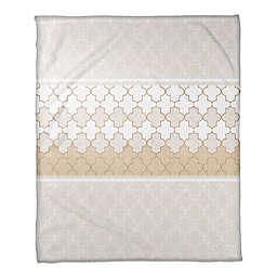 Quatrefoil Neutral Throw Blanket in Beige/Cream