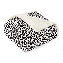 Betsey Johnson® Betseys Leopard Ultra Soft Plush Throw Blanket