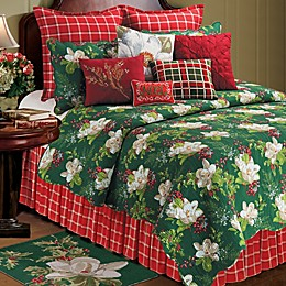 Bella Magnolia Quilt in Green/Red/White