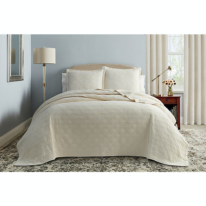 Alternate image 1 for Wamsutta® Warrington King Coverlet in Marshmallow