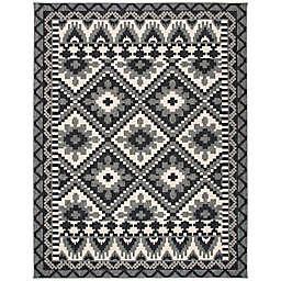 Safavieh Veranda Ross 8' x 10' Indoor/Outdoor Area Rug in Grey