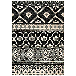 Safavieh Veranda Jay 8' x 10' Indoor/Outdoor Area Rug in Black