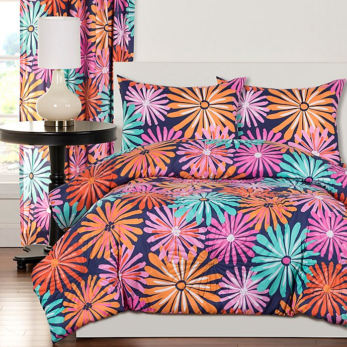 Alternate image 1 for Crayola® Dreaming of Daisies Comforter Set in Navy/Pink