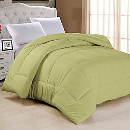 Cathay Home Inc. Down Alternative Queen Down Alternative Comforter in Sage
