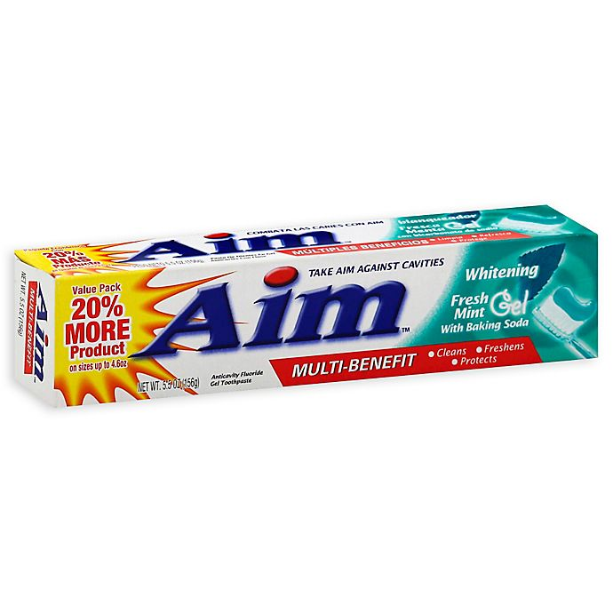 Alternate image 1 for Aim® 5.5 oz. Anticavity Fluoride Gel Whitening Toothpaste with Baking Soda in Fresh Mint