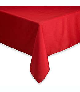 Mantel rectangular de poliéster Basics® de 1.32 x 2.59 m color rubí