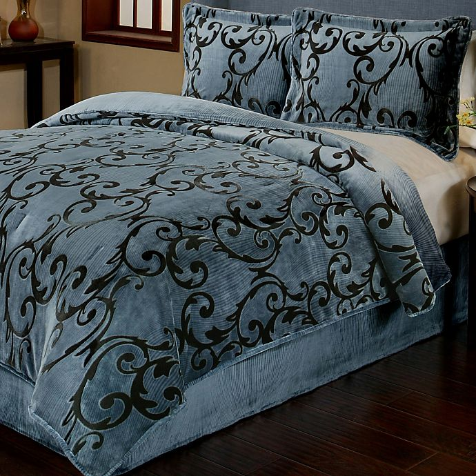 Alternate image 1 for Provence 3-Piece Reversible Plush Full/Queen Comforter Set in Charcoal