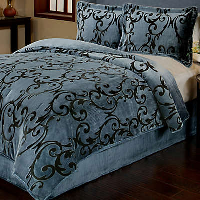 Provence 3-Piece Reversible Plush Comforter Set in Charcoal