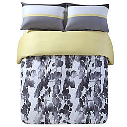 Kensie Kara Duvet Cover Set in Grey/Black