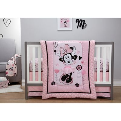 Disney Minnie Mouse Hello Gorgeous 3 Piece Crib Bedding Set Bed Bath And Beyond Canada