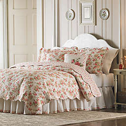 Mary Jane's Home Sweet Roses Quilt in Pink