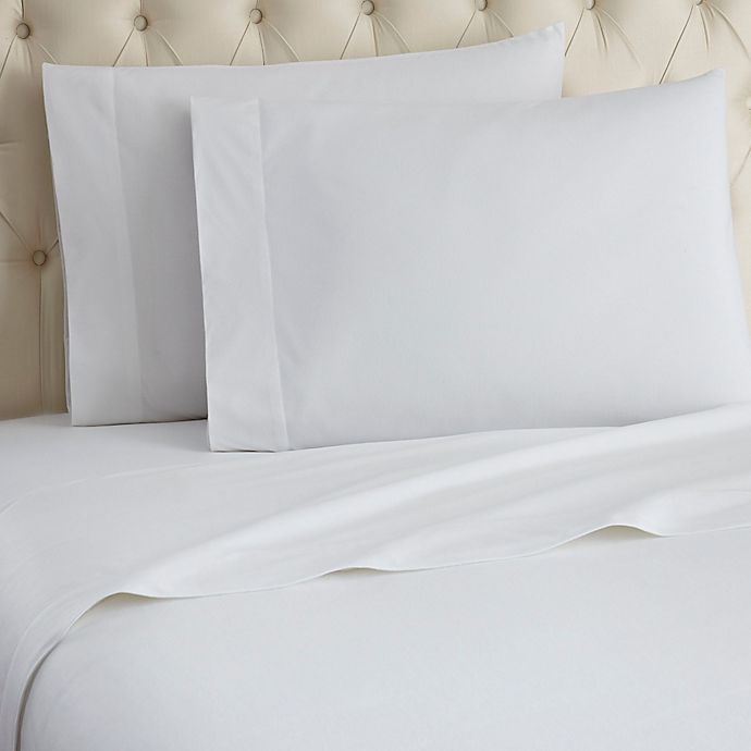 Alternate image 1 for Micro Flannel® Solid Sheet Set in White