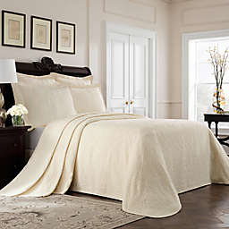Williamsburg Richmond King Bedspread in Ivory