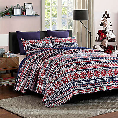 Wonderland Reversible Quilt Set in Red/Navy