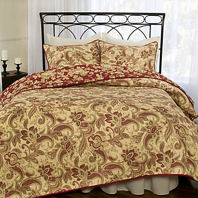 Versailles Reversible Quilt Set in Tan