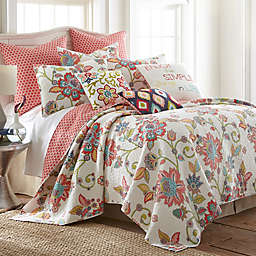 Levtex Home Amelie Reversible Quilt Set in White/Red