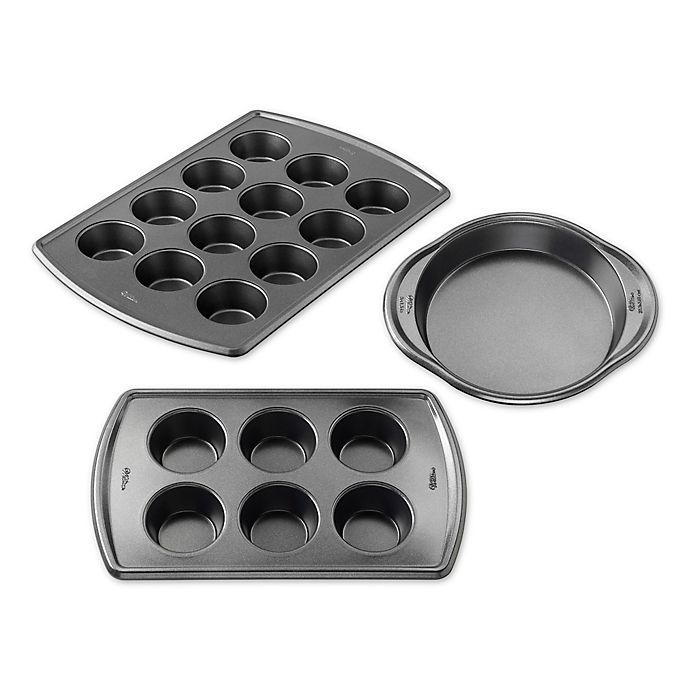 Alternate image 1 for Wilton® Advance Select Premium Nonstick™ Bakeware Collection