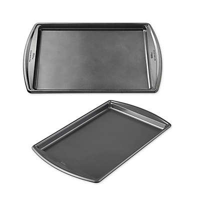 Wilton® Advance Select Premium Nonstick™ Baking Sheet