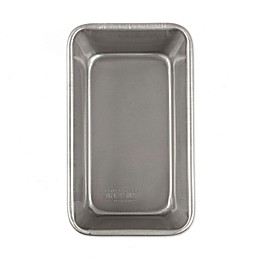 Emeril™ Nonstick Aluminized Steel  9-Inch x 5-Inch Loaf Pan