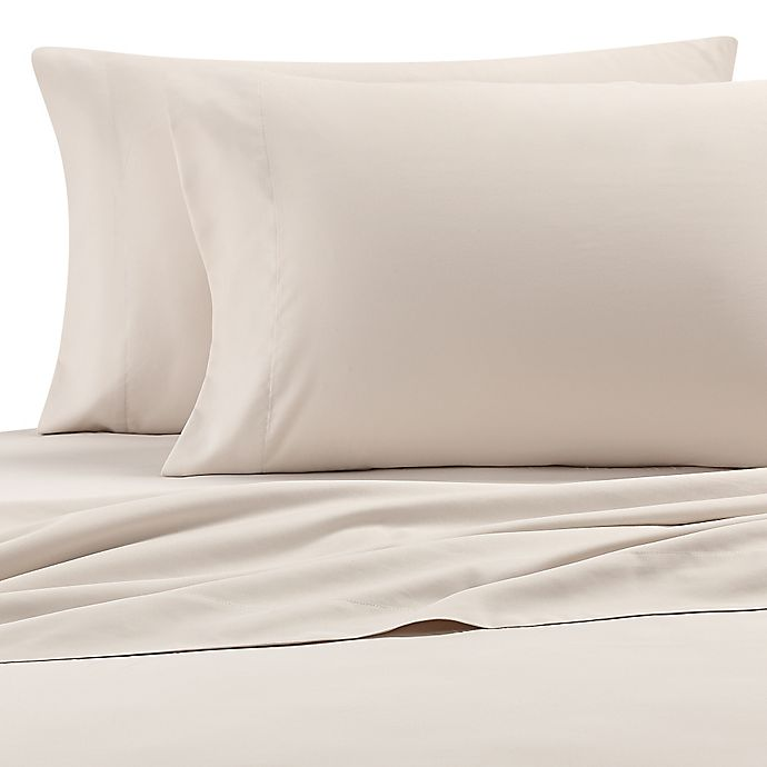 Alternate image 1 for Eddie Bauer Performance Microfiber Queen Sheet Set in Oyster