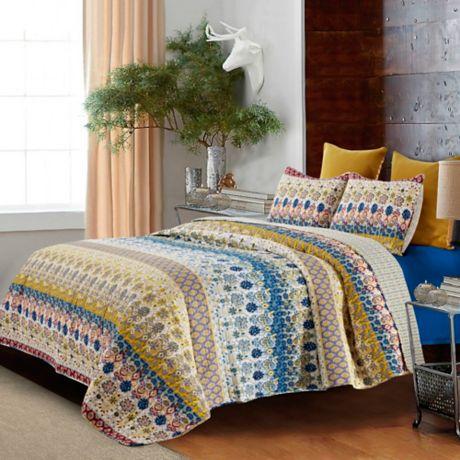 Jazmin Floral Reversible Quilt Set Bed Bath Amp Beyond