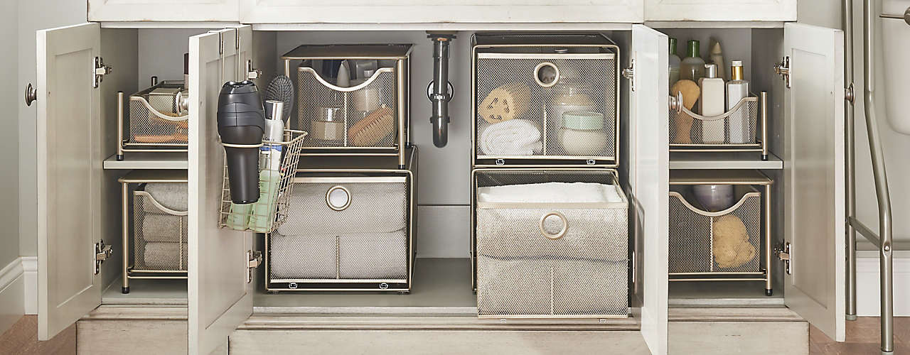 Tidy the bath with drawers, organizers, shelving & more.