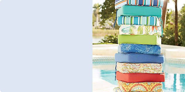Outdoor Cushions Handle the Elements