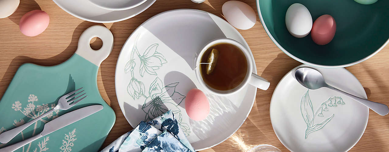 Bring in spring with new Bee & Willow® Home dinnerware.