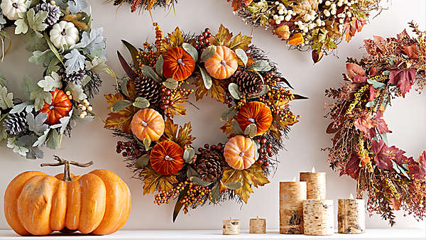 Harvest decor to give your home a festive feel.