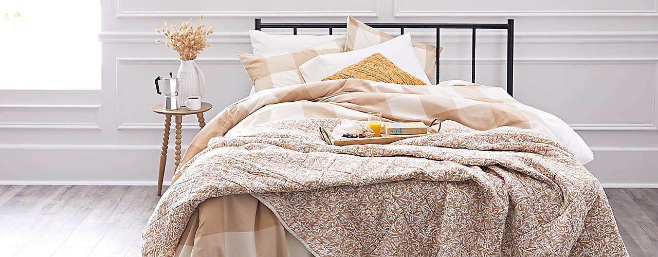 autumn spice up your bedroom