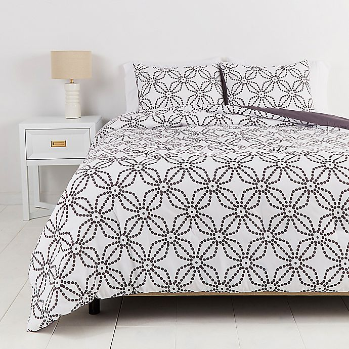 Alternate image 1 for Simply Essential™ Dotted Medallion 2-Piece Twin/Twin XL Duvet Cover Set in White/Grey