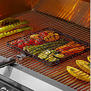 Move cooking out from the kitchen and make it alfresco.