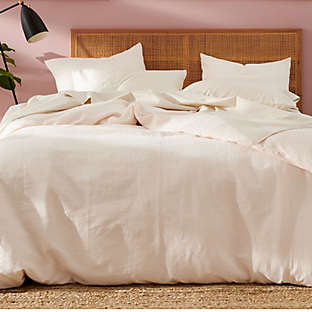 Bedding to help you sleep happy and stay cozy