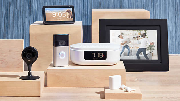 Play music, watchshows, and more-all from your smart device.