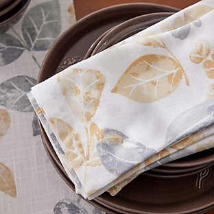 tasteful table linens
