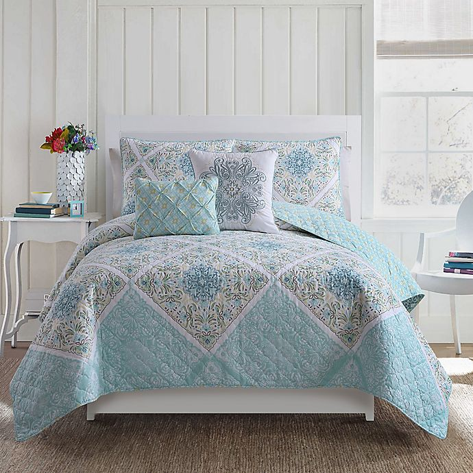 Alternate image 1 for VCNY Windsor Reversible Quilt Set
