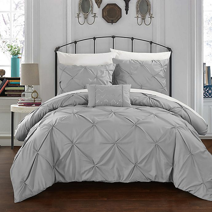 Alternate image 1 for Chic Home Salvatore King Duvet Cover Set in Silver