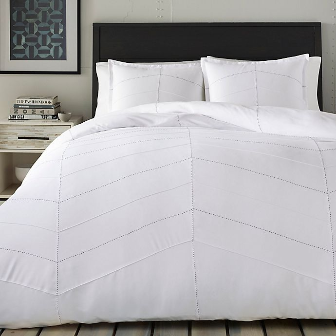 Alternate image 1 for City Scene Courtney 3-Piece Full/Queen Comforter Set in White