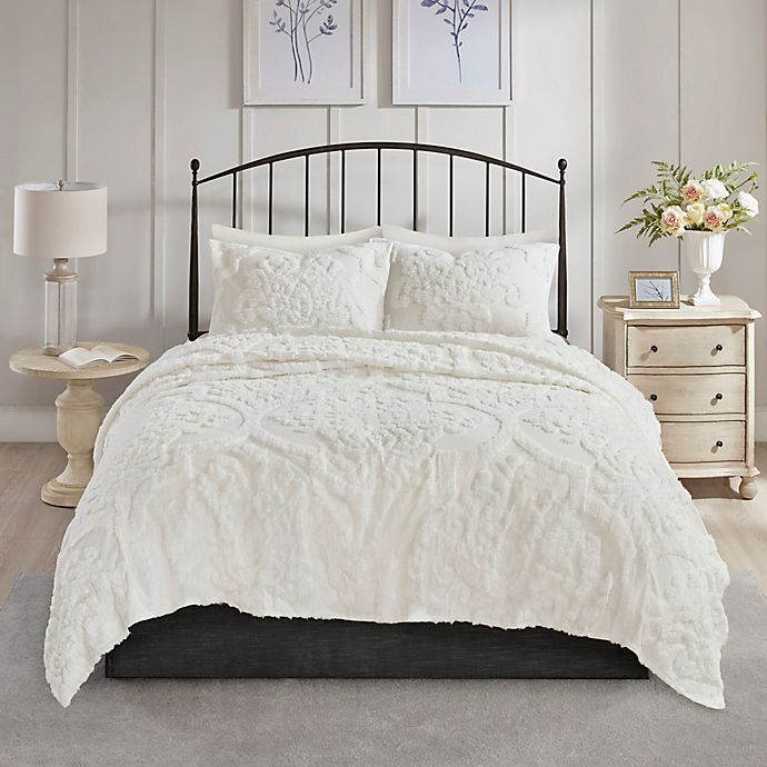 Alternate image 1 for Madison Park Viola 3-Piece Full/Queen Coverlet Set in White
