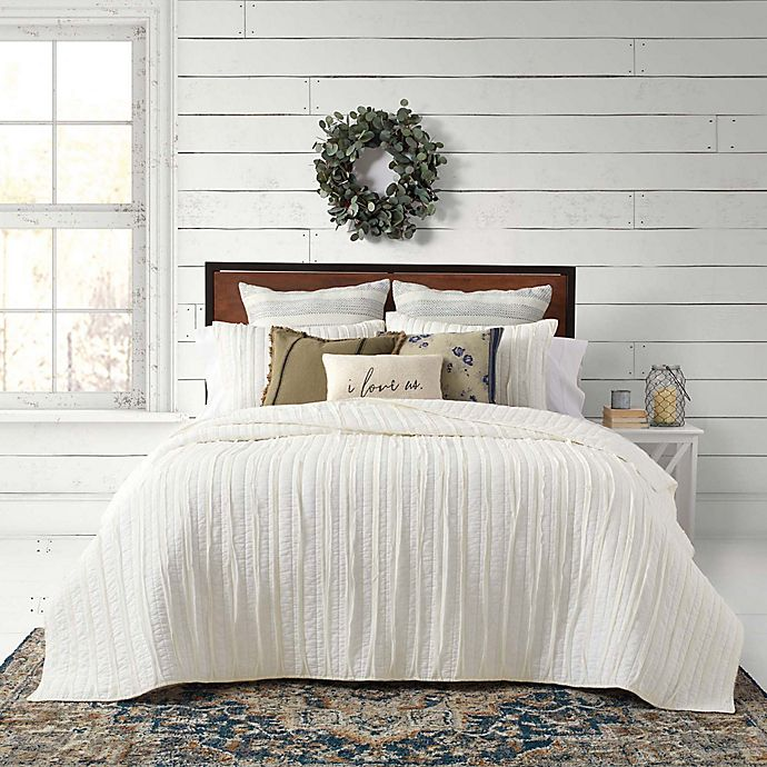 Alternate image 1 for Bee & Willow™ Home French Vintage Ruffled 3-Piece Quilt Set