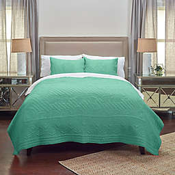Rizzy Home Moroccan Fling Floral Queen Quilt in Aqua