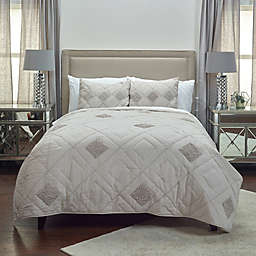 Rizzy Home Eva Twin XL Quilt in Rust
