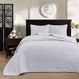 Madison Park Quebec 3-Piece Reversible Full/Queen Coverlet Set in White