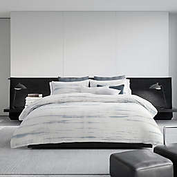 Vera Wang™ Marble Shibori Queen Duvet Cover in Silver/Blue