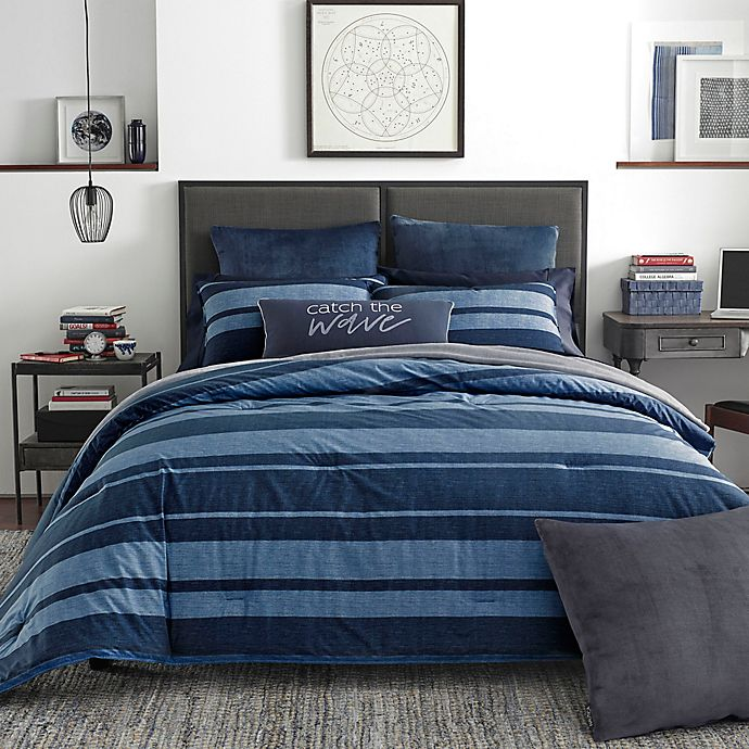 Alternate image 1 for Nautica® Longpoint Comforter Set in Navy