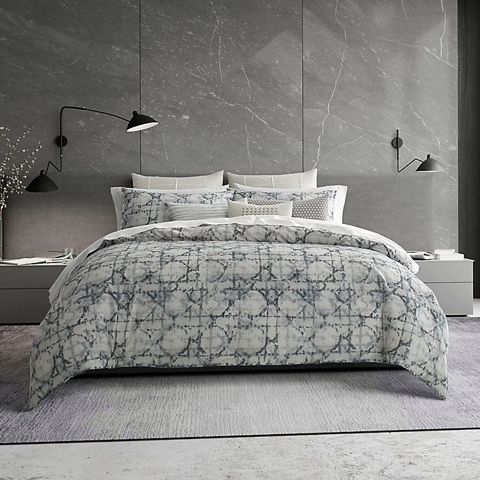 Alternate image 1 for Vera Wang® Layered Geometric Queen Duvet Cover in Grey