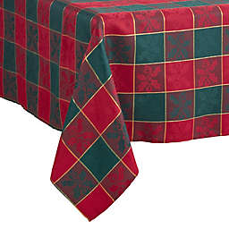 Saro Lifestyle Royal Plaid Oblong Tablecloth in Red/Green
