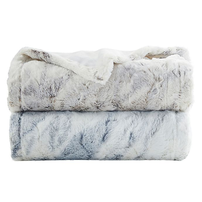 Alternate image 1 for Beautyrest® Zuri Oversized Faux Fur Heated Throw